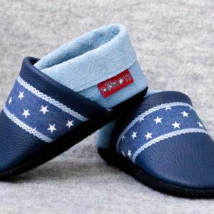 blaue-lederpuschen-mit-sternenband